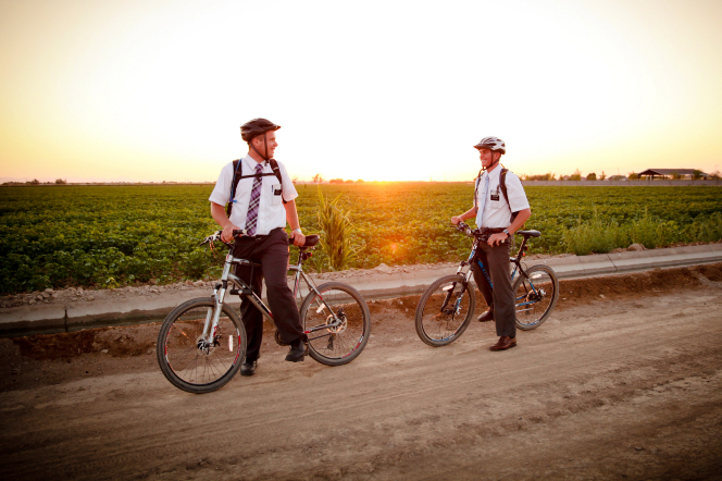 mormon-missionaries-riding-bikes-1178927-gallery